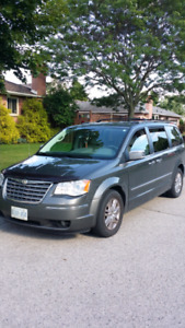2010 Town and Country Caravan