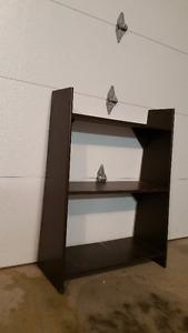 Small Bookcase: 42H, 32W, 14/8D