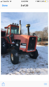 7045 Alice Chalmers tractor