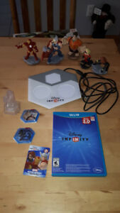 Disney Infinity game portal and figurines for the game for Wii U