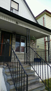 Nice 3 BDs just few block from U of Windsor Now $825++ only Windsor Region Ontario image 1
