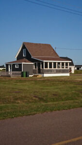 PEI Ocean front cottage with character! Gulf of St. Lawrence PEI