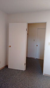 Two Spacious Bedrooms in Southwest. Available Immediately!