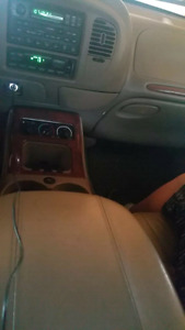 2002 Lincoln navigator 4wd seats 7