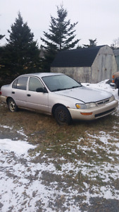 parting out 1996 Toyota Corolla
