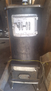 Antique Made In Penetang Large Pot Belly Stove Woodstove Working