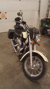 2001 750cc Honda shadow