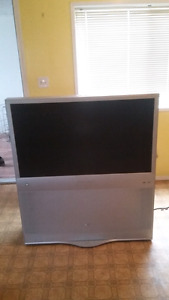 "60"" projector tv"