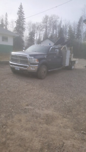2012 Dodge 5500 picker truck