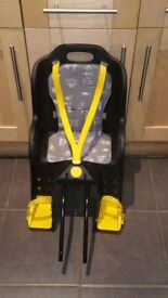 Rear bike seat carrier for children