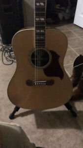 Gibson guitar acoustic/electric