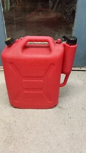 LARGE PLASTIC GAS CONTAINER
