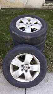 VW Alloy rims with all season tires X4