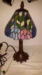 Ting shen vintage lamp. Small table side lamp. Glass shade