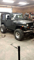Jeep YJ 1995 3300 or trade !