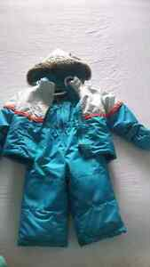 Alpinetek snow suit. 12 months (20lbs)