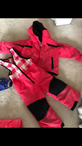 Girls Columbia snowsuits and winter wear ( multiple sizes )