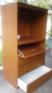 TV/Entertainment unit with Drawers