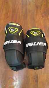 Bauer Supreme Goalie Knee Guards