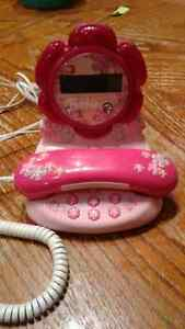Barbie Blossom BAR550 phone with caller ID