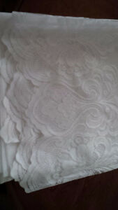 4 New White Curtains for Tayloring - for sale ! Kitchener / Waterloo Kitchener Area image 4