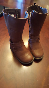 9T girls brown boots