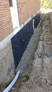 Digger.Diggin mini excavating London Ontario image 2