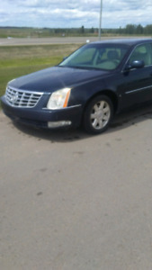 2007 Cadillac dts 90 000 km 3000$  firm this weekend till 10th
