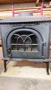 Jotul 8 Wood Stove for Sale cast iron model