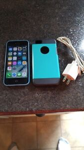 (TELUS/KOODO) 16GB BLUE APPLE IPHONE 5C INCLUDE CASE + CHARGER