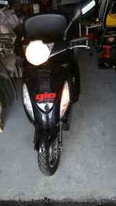Tricycle électrique(triporteur) 48v tres facile a conduire