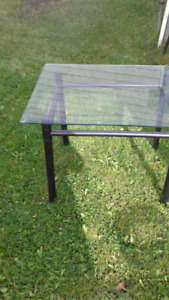 22x26 in glass table
