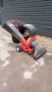 Leaf Vac (vacuum) Chipper + Shredder TROY BILT