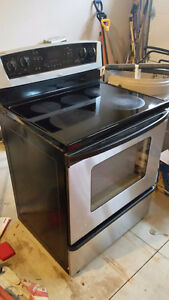 CONVECTION ELECTRIC - WHIRLPOOL RANGE