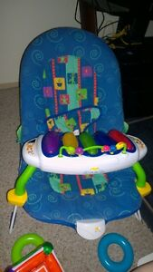 bouncy seat with vibration and piano
