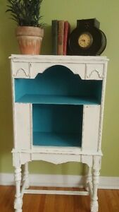 DISPLAY CABINET (DISTRESSED IN BLUE/WHITE)!!!!!