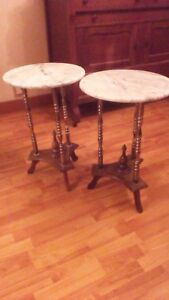 MARBLE TOP ROUND TABLE