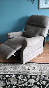 Electronic Lift Chair