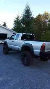 2007 Toyota Tacoma for trade or right offer