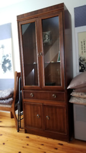 Kroehler China Cabinet with glass shelves