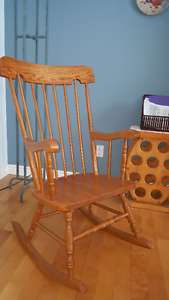 Chaise Berceuse / Rocking chair