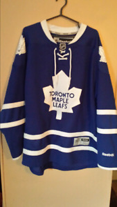 Reebok Maple Leafs jersey