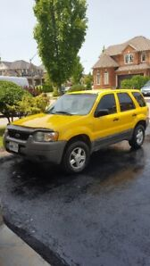 2002 ford escape xls 228000 $1200as is