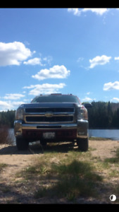 2500 duramax with cap $23000 certified
