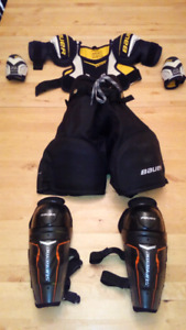 Bauer Youth Size Medium Hockey Equipment $30 takes it all!