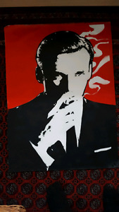 Madmen spray painting