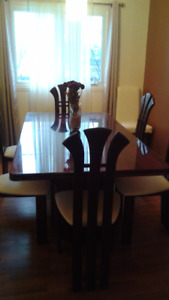 DINNING ROOM SET WITH 6 CHAIR