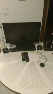 24inch flat screen TV (FOR SALE) 80$$$