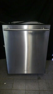 LAVE VAISSELLE STAINLESS JENN AIR /DISWASHER