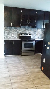 NEWLY RENOVATED, BRIGHT  AND CLEAN 3 BDRM MAIN FLOOR